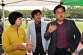 사진기자협회 체육대회 참석한 추미애-우원식