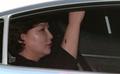 인터뷰 마치고 방송국 나서는 고 김광석 부인 서해순씨