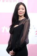 이솜, '가슴 뻥 시스루 드레스 입고 요염한 유혹'