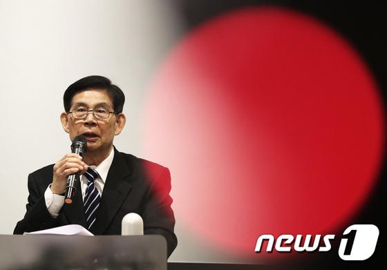 다스 의혹 해명하는 정호영 전 BBK 특검