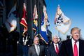 [사진] 펜타곤 방문한 트럼프