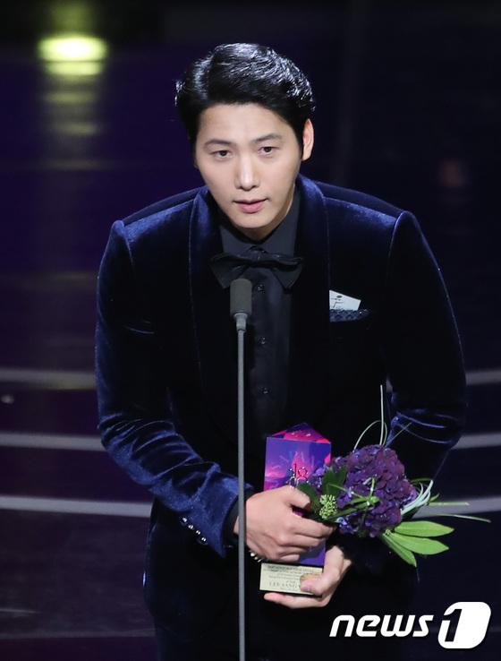 이상우, 장편드라마 남자 최우수연기상