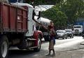 [사진] 美로 가는 트럭 얻어타려는 온두라스 이민자