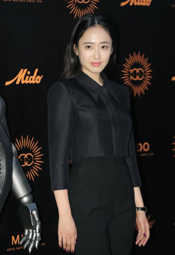 """김민정 측 """"'타짜3', 제작진과 이견으로 합의하 하차"""""""
