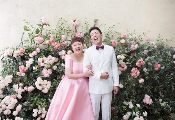 [N디데이] 홍윤화, '살 확 빼고' 김민기와 오늘 결혼…9년 열애 결실
