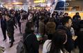 KTX 단전 사고로 서울역 발묶인 시민들