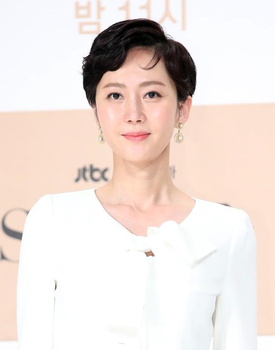 염정아, 'SKY캐슬' 인기 입증…브랜드 배우 평판 1위