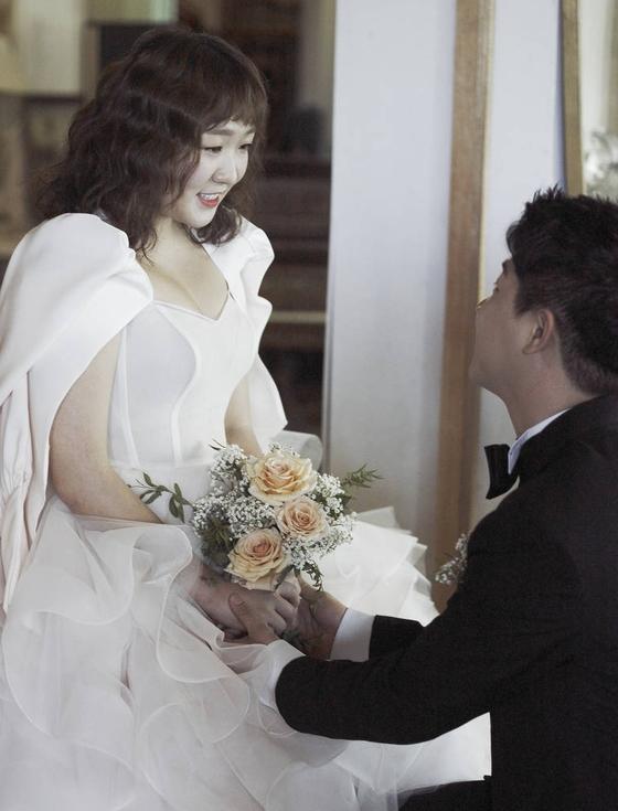 [단독] '결혼' 이수지…'미모 만발' 청첩장 입수