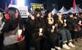 비정규직 철폐 촉구하는 참석자들