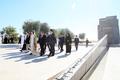 UAE 전몰장병 추념비 찾은 문희상 국회의장