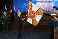 [사진] 동부군구에 수보로프 훈장 수여하는 푸틴