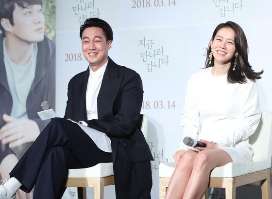 """'지만갑' 소지섭♥손예진 """"손 잡는 장면, 실제로 설렜다"""""""