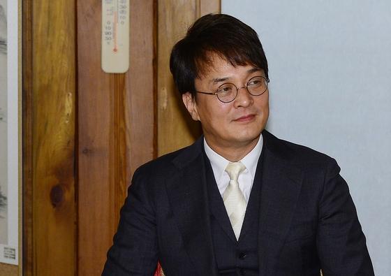 """[전문] 현직 男배우 """"조민기, 남학우도 성적 수치심 느끼게 해"""" 폭로"""