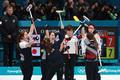 대한민국 여자 컬링 일본 꺽고 결승행