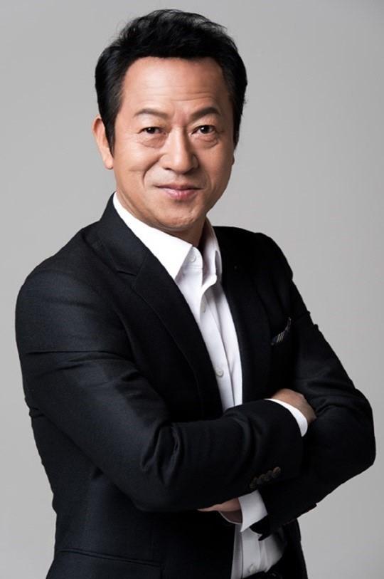 """""""성폭행 후 주먹 폭행""""…최일화 추가 폭로 '파문'"""