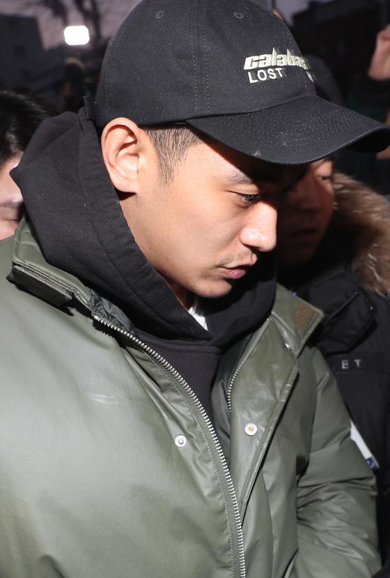 [단독] '마약혐의' 정석원, '킹덤' 하차 않기로…남은 촬영 불가피