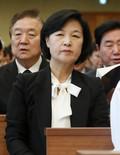 故 김상현 상임고문 장례미사 참석한 추미애 대표
