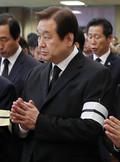 기도하는 김무성 의원