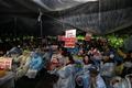 성주 주민들 '사드 기지 공사 장비 반입 불가'