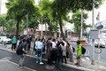 베이징 북한 대사관 앞에 모여든 취재진