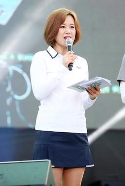 """[직격인터뷰] 박미선 """"이중추돌 교통사고, 당분간 통원치료"""""""
