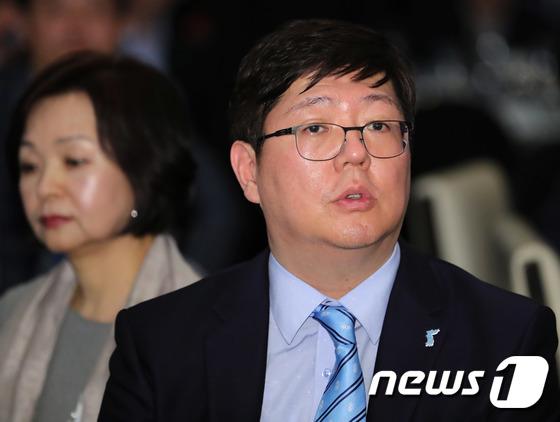 김홍걸, 6·15 18주년 기념식 참석