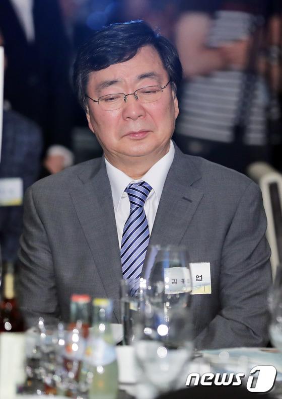 김홍업 '아버지 생각'