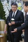 김종필 전 총리 빈소 찾은 박지만