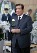 김종필 빈소 찾은 한광옥 전 국민대통합 위원장