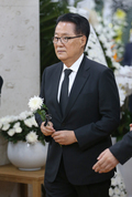 김종필 빈소 조문하는 박지원