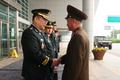 악수하는 남북 군사실무접촉 수석대표
