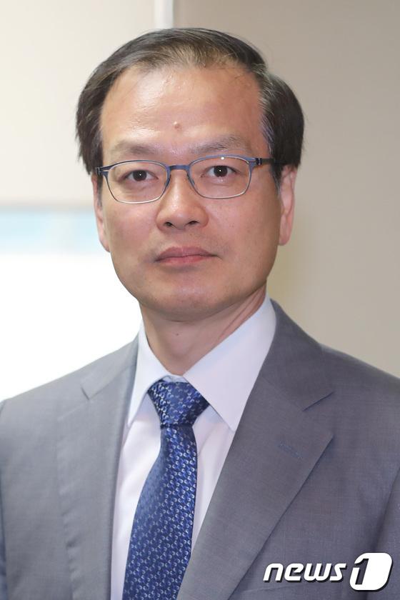 '드루킹 특별검사'로 임명된 허익범 변호사