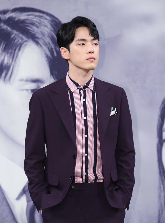 """'시간' 김정현, 기분 안 좋냐는 질문에 """"캐릭터로 살려고 노력"""""""