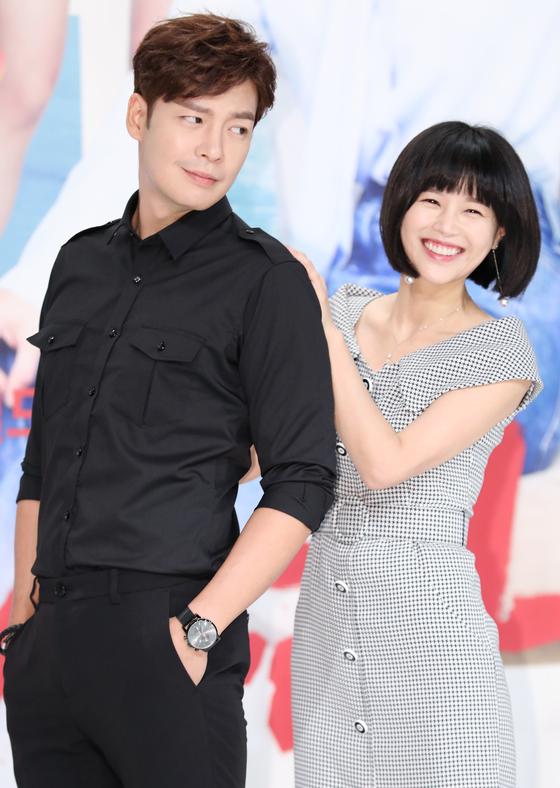 강은탁♥이영아, 드라마 속 커플서 '실제 연인'으로