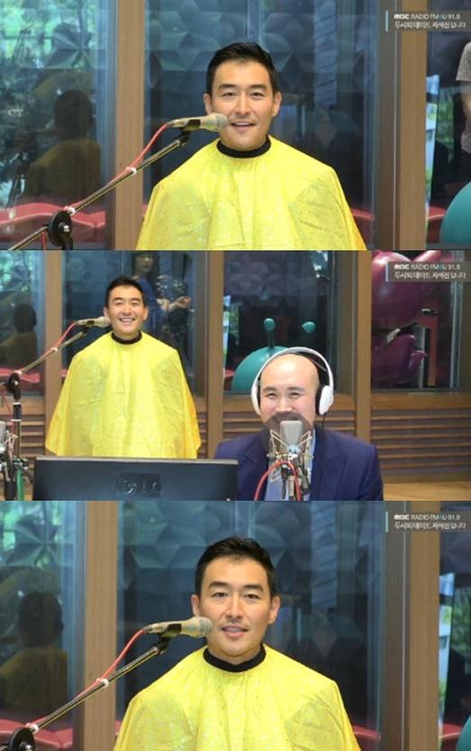 """'두데' 김인석, 삭발 공약 이행 """"아내 안젤라박 응원해"""""""