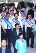 서울시당 대의원대회 입장하는 송영길-김진표-이해찬