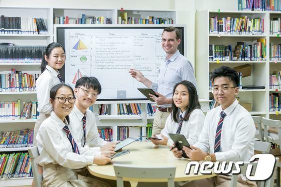 싱가포르 국제학교에 삼성전자 디지털 플립차트 '플립' 공급