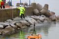 해양오염 합동방제훈련 갯바위 기름 제거 작업