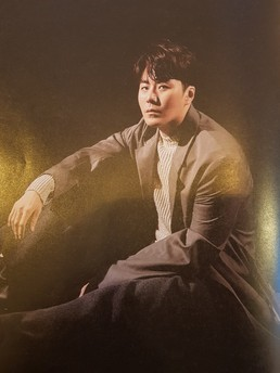 [N화보] '신곡 컴백' 이루, 가을 남자의 화려한 외출