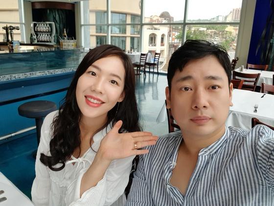 [단독] 개그맨 김진, 3살 연하 비연예인과 11월 결혼