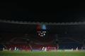 텅 빈 경기장에서 승부 펼치는 한국-북한