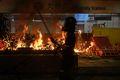 [사진] 불길 휩싸인 홍콩 전철역 입구