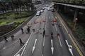 [사진] 도심 도로 봉쇄한 홍콩 시위대