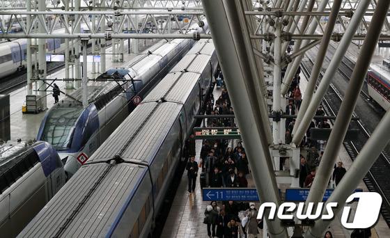 철도노조, 20일 파업 앞두고 준법투쟁