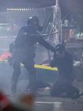 경찰에 붙잡힌 홍콩 학생