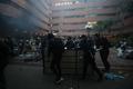 홍콩 경찰, 홍콩 이공대 진입