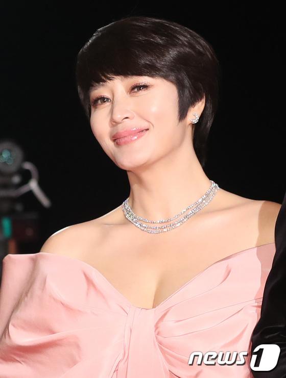 김혜수, 별을 담은 눈빛