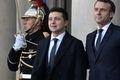 [사진] 나란히 선 마크롱과 젤렌스키 우크라이나 대통령