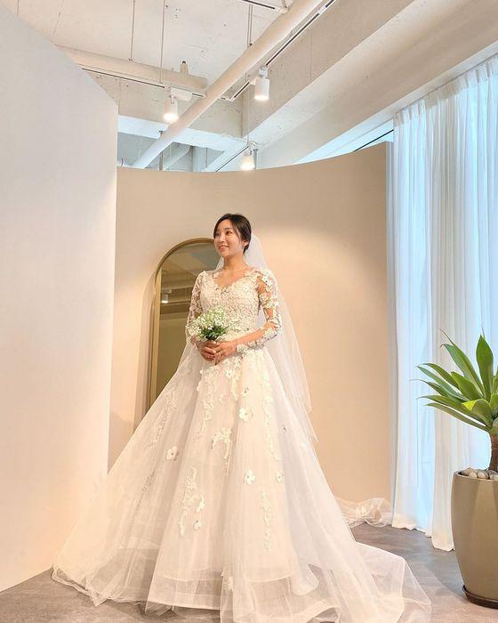 '이완♥' 이보미, 예비신부의 화사 웨딩드레스