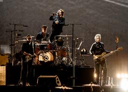 '록의 전설' U2 첫 내한공연…'평화와 화합'을 노래하다
